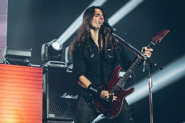 Megadeth guitarist