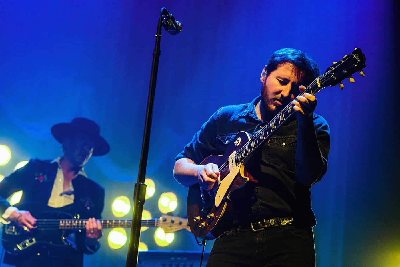 Nathaniel Rateliff & the Night Sweats guitarist