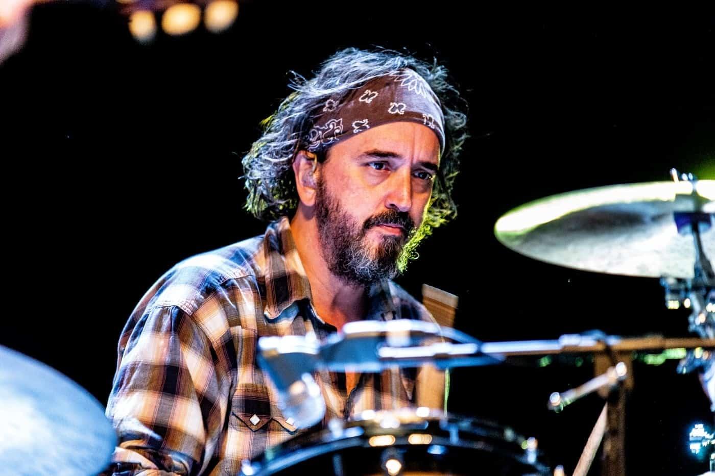 Steve Earle Dukes drummer