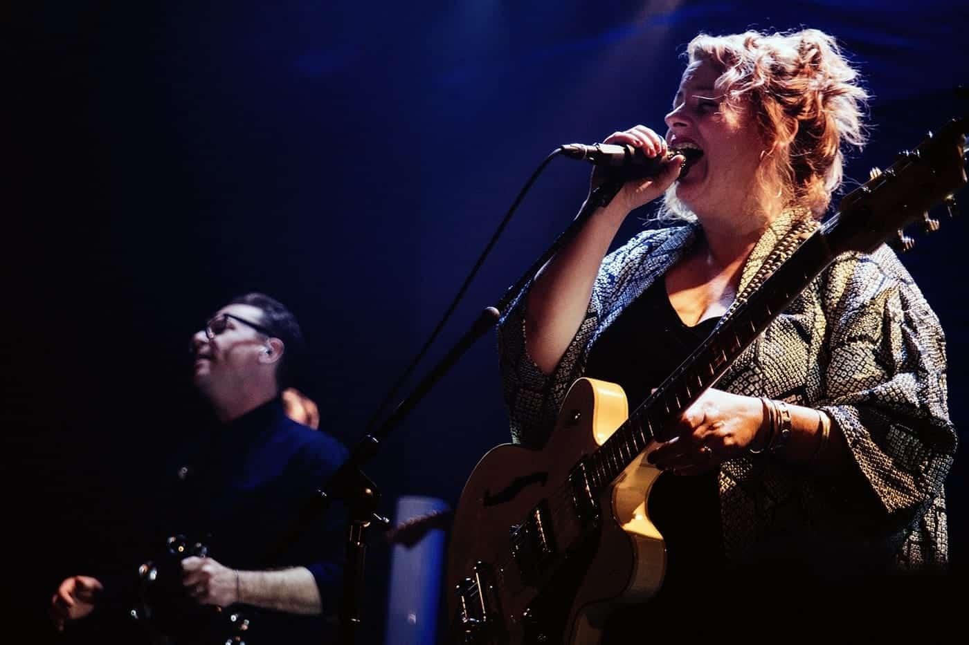 Stars Montreal singer