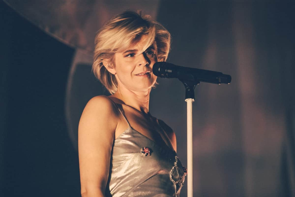 Robyn on stage at Mtelus in Montreal